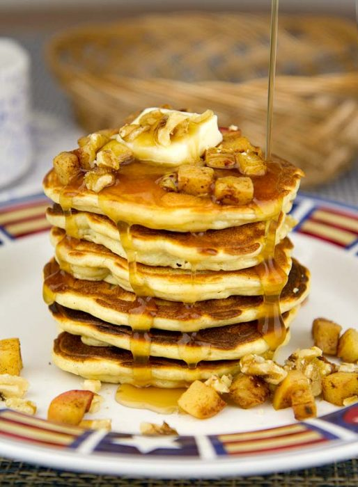Caramelized and Spiced Apple Topped Low Carb Pancakes