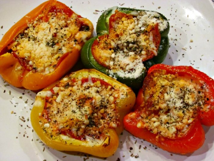 Pepperoni Keto Pizza stuffed Peppers